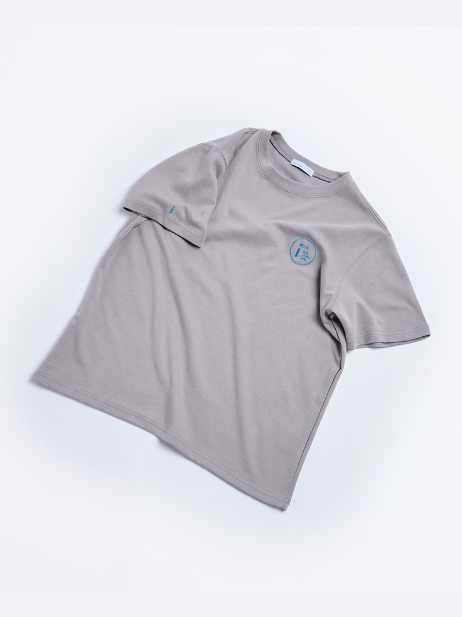 [SEASON OFF] Stitch inch T shirt (Cool Gray)