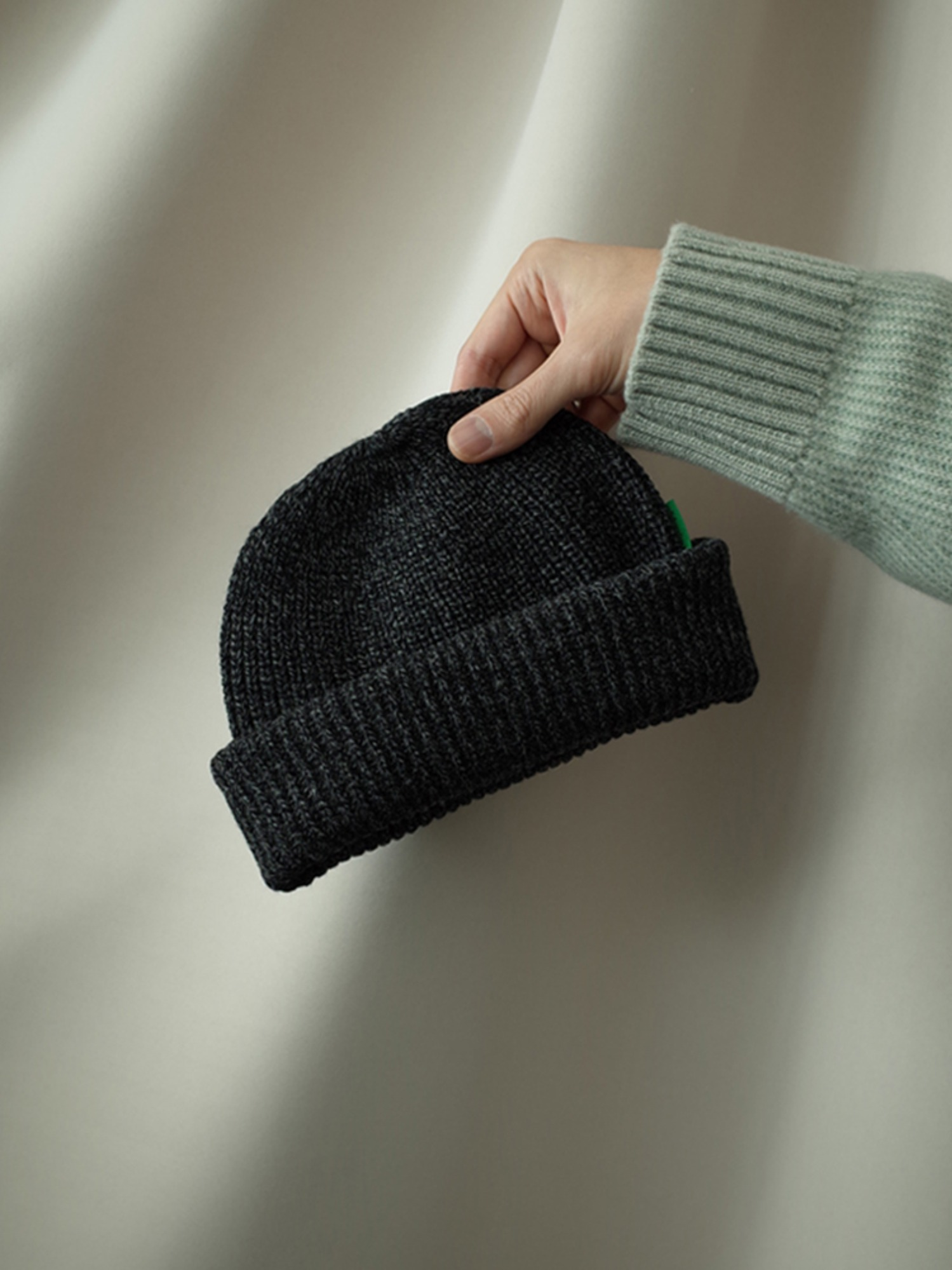 Season2 [inch_inch_beanie] Lambs-wool / Charcoal