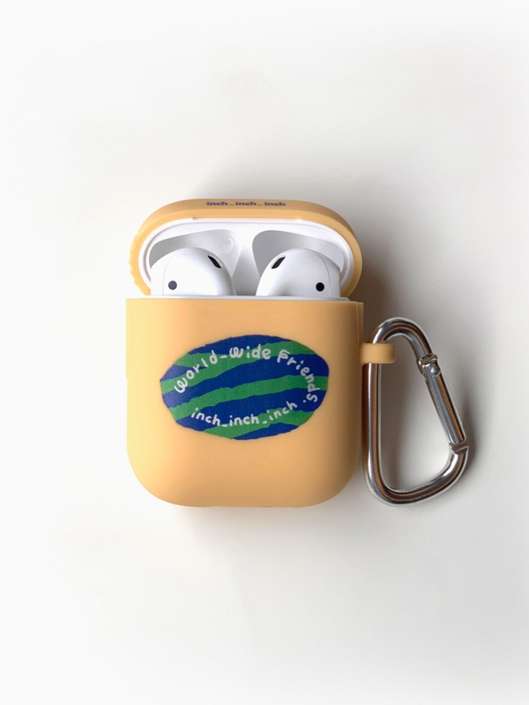 world_wide_friends AirPods Case (cream)